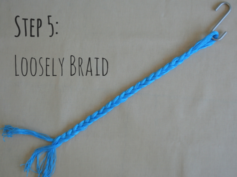 Step 5- Loosely braid (1)