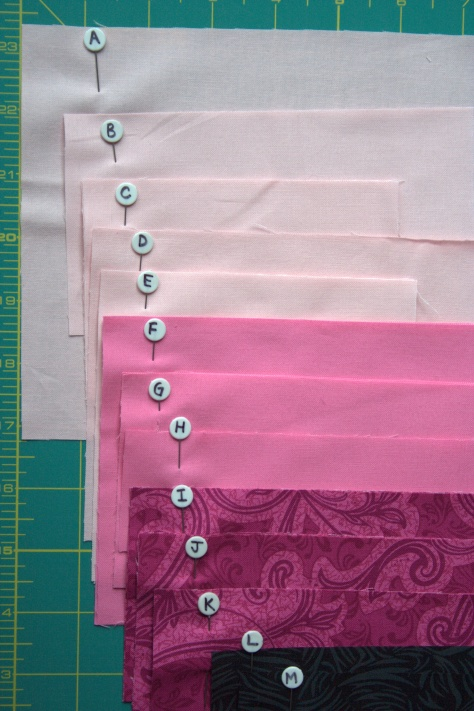 numbered pins for organizing cut quilt pieces