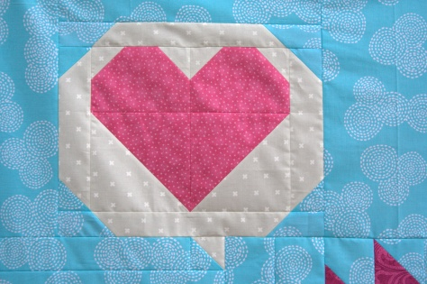 speech bubble heart pieced block