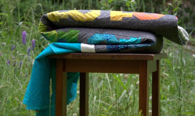 make modern quilt peek