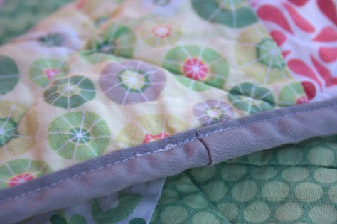 Overlap binding: double fold bias tape novice method