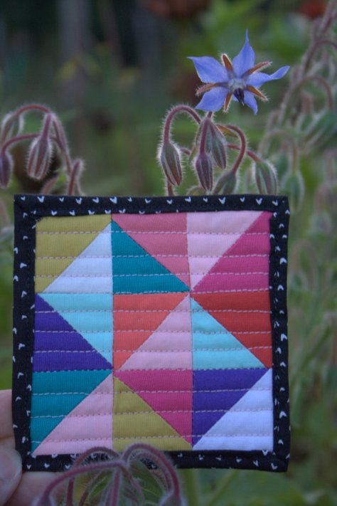mini mini quilt by michelle bartholomew snuggles borage