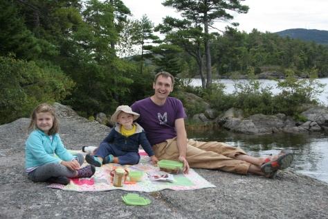 canoe island picnic