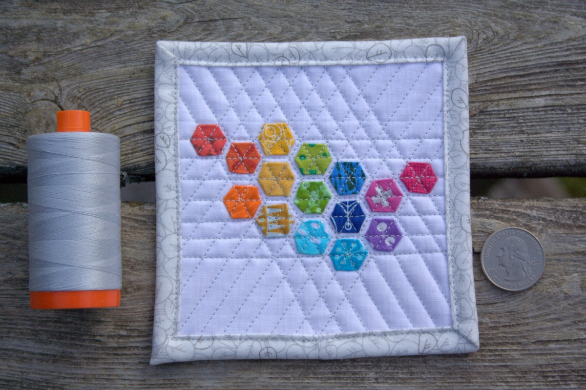 Blogger's Quilt Festival - Fall 2015 {ROYGBIV Quilt Entry: Mini Mini Modern Hexies}