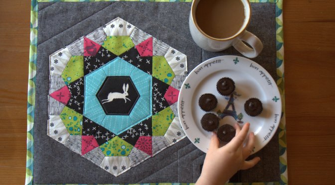 EPP Rose Star Mega Mug Rug: Finishing {Sizzix Tutorial}