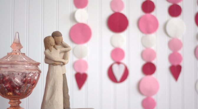Season of Love: Valentine's Day Garland Tutorial