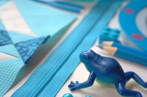 colour block challenge by gnomeangel turquoise frog