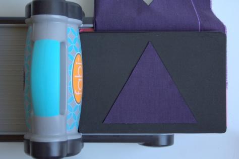 sizzix fabi equilateral triangle oakshott vesuvius quilt tutorial