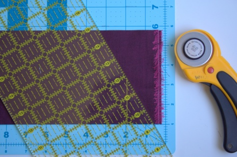 equilateral triangle cutting with mat vesuvius quilt tutorial