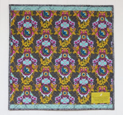 the bee's knees in constant flux quilt back alison glass