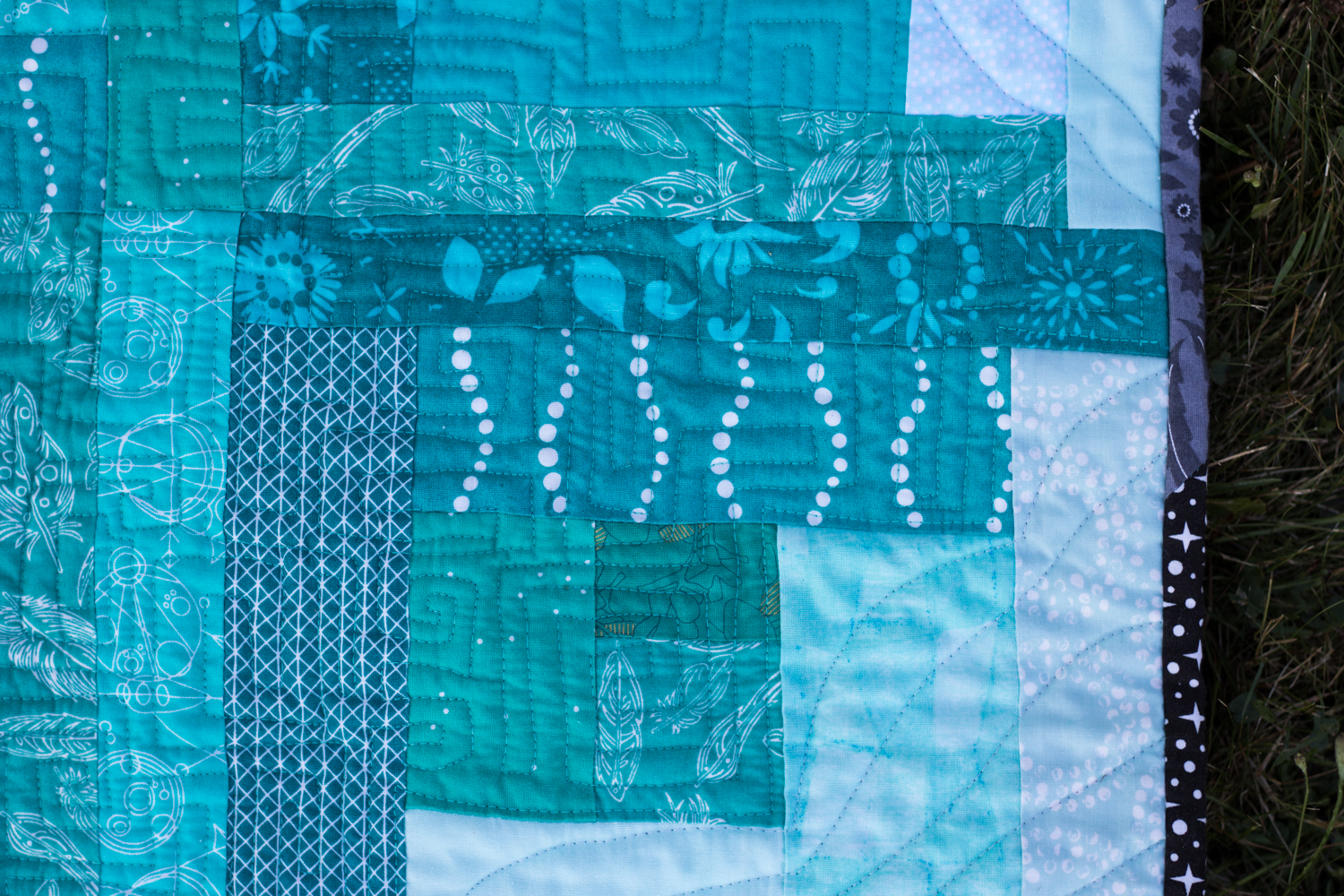 Finn's Milestone quilt finish freemotion quilting aurifil thread