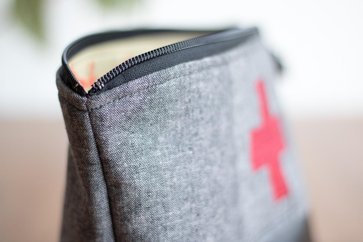 plus sign zipper pouch
