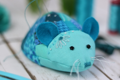 rosie mouse pin cushion a stitch in time